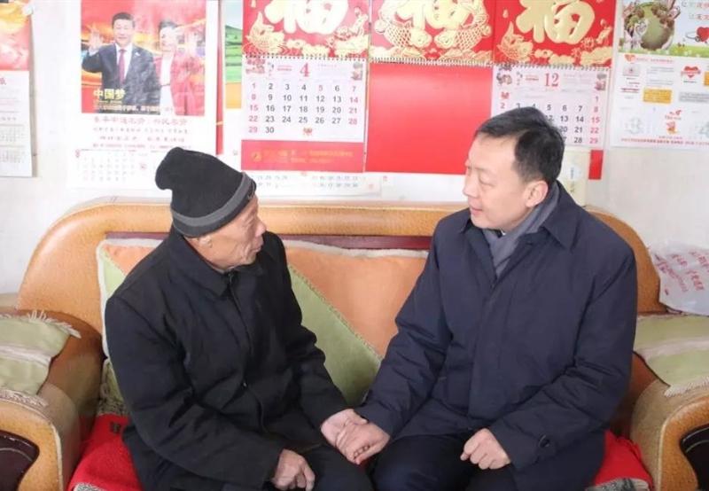 东平县委副书记、县长刘玉走访慰问生活困难